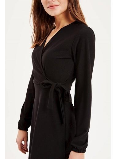 DeFacto Kruvaze Yaka Uzun Elbise Siyah